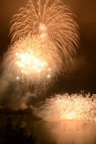 明日はいよいよ丹沢湖花火大会です!