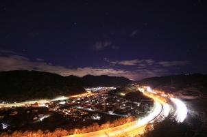 星空と山北の街明かり