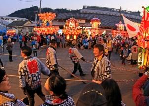 盛大な祭り