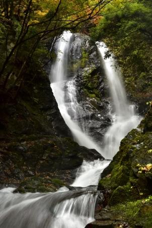世附大棚の滝